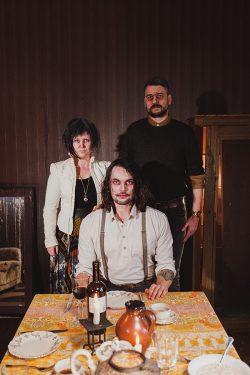 Oversense   Love   Making-of   Family   © Merlin Morzeck
